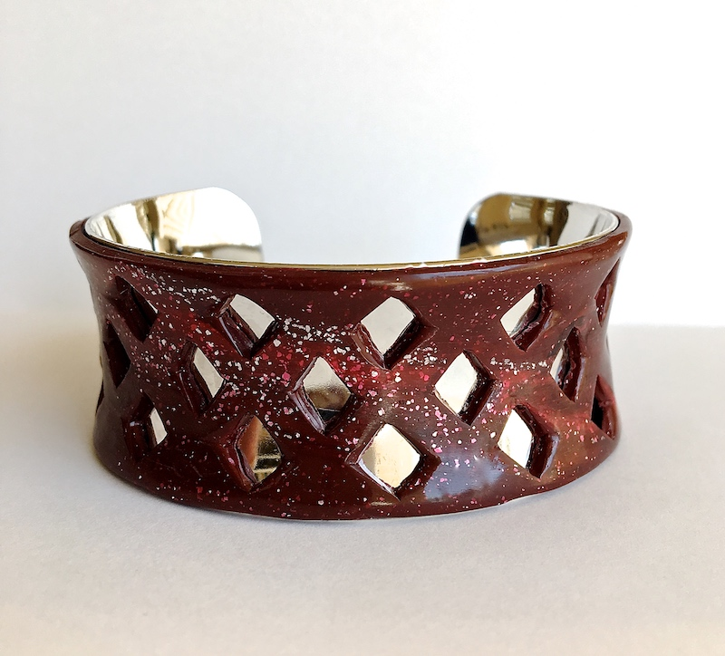 "bracelets measures approximately 1.25"" wide"