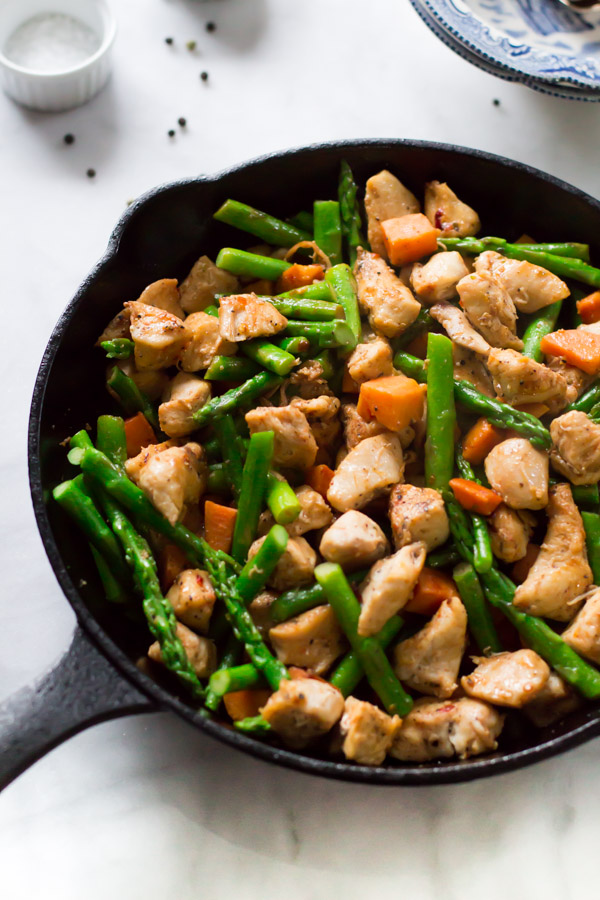 Asparagus-Sweet-Potato-Chicken-Skillet_-4.jpg