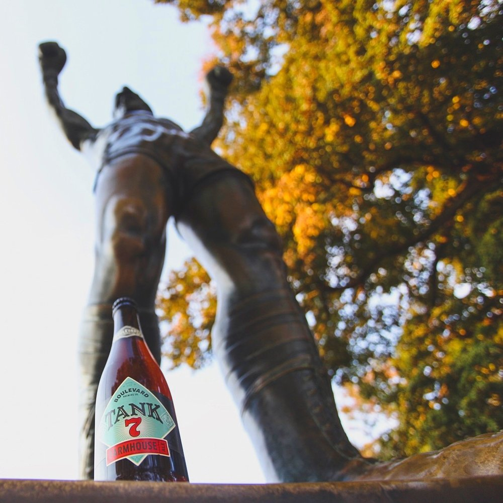 Philadelphia, Pennsylvania | Rocky Statue (two of the greats, hanging out)