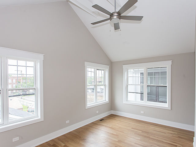 2bedroom1.jpg