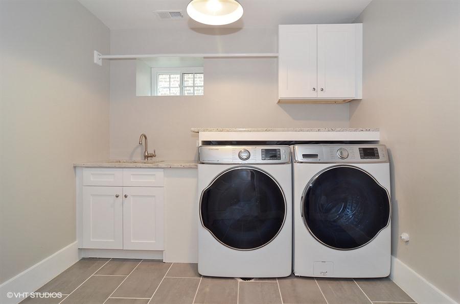 22_2424-W-Grace_44_Laundry-Room_Web.jpg