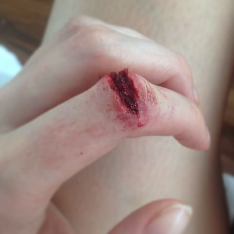 SFX Cut Finger