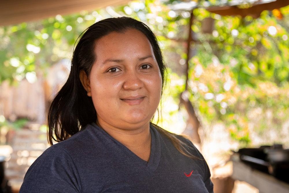 LEIYDI ROJAS  (CR) | Leiydi is from Punta Morales, Costa Rica. She has assisted SAILCARGO INC. through helping cook delicious warm meals for the crew as part of the Women's Association, as well as in repairing some of the canvas roofing tarps that shelter the build of  Ceiba . Her wish is to become proficient in English, so that she can get better jobs in places like Monteverde and improve her life situation.   Leiydi es de Punta Morales, Costa Rica. Ella ha ayudado a SAILCARGO INC. ayudando a cocinar deliciosas comidas calientes para el equipo como parte de la Asociación de Mujeres, así como a reparar algunas de las lonas de techo que albergan la estructura de  Ceiba . Su deseo es dominar el inglés, para poder obtener mejores empleos en lugares como Monteverde y mejorar su situación en la vida.