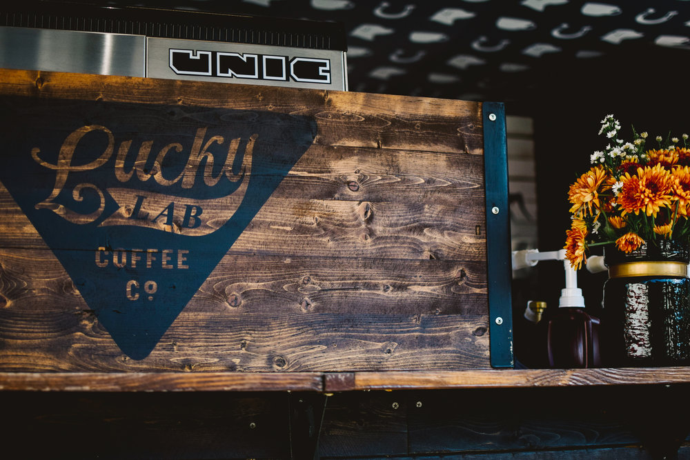 Happy November,  I can't believe it's still almost 90 degrees outside and we're almost to Thanksgiving! This week's review is over Lucky Lab Coffee Co.