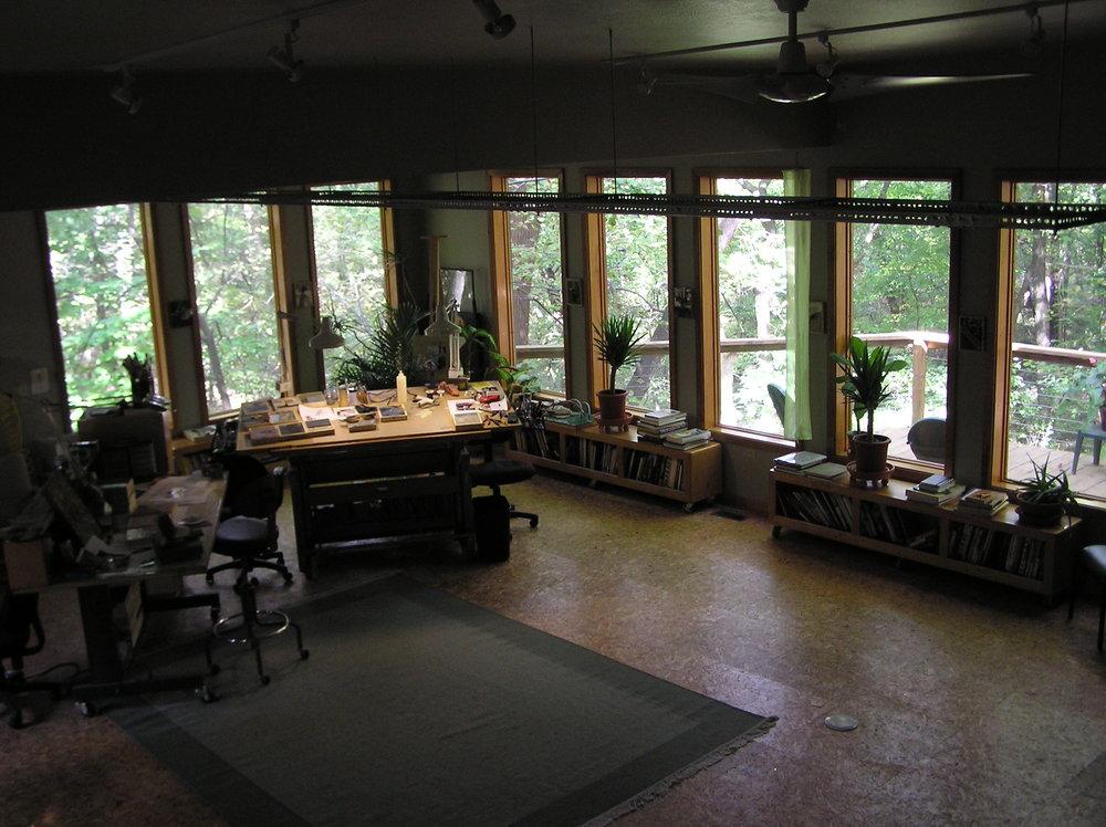 studio inside 2.JPG