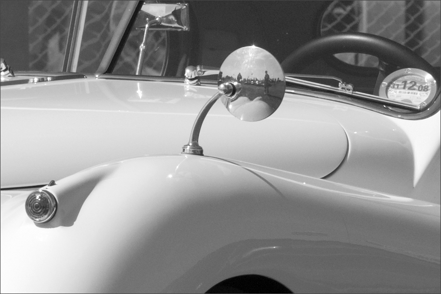Jaguar XK140 100pct Crop