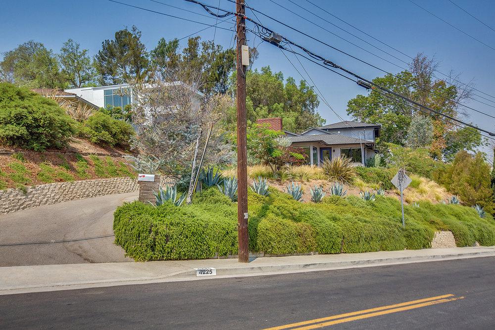 4225 San Rafael Ave01.jpg