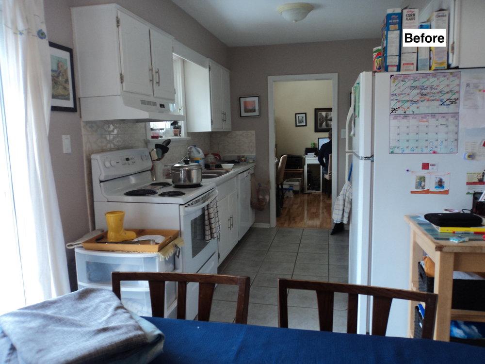 Braeside Kitchen Before 1.JPG