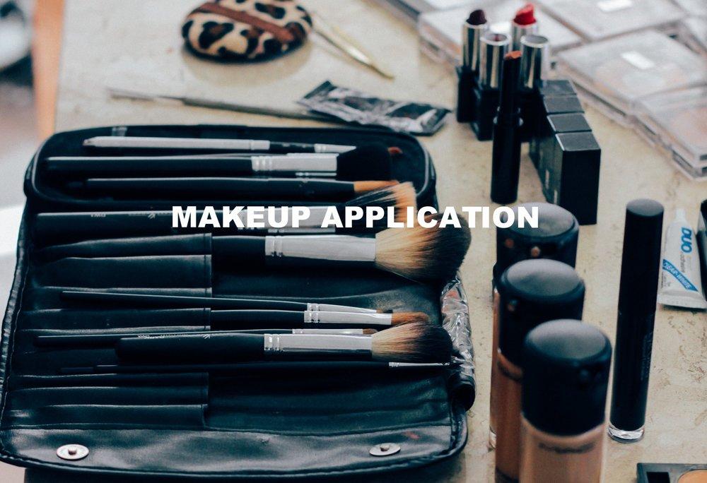 makeup unsplash.jpg