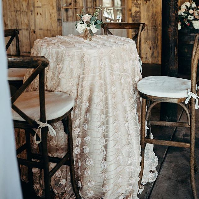 📷 by @boonetownstory • Fête doesn't often design rustic weddings, but when we do, it is so much fun! I loved these cocktail tables that we featured at Simone and Eli's wedding at @langtreeplantation last summer. #CharlotteFeteWeddings • Floral by @willowfloralboutique Linen by @nuagedesignsinc Tuscan Barstools by @partyreflections • • • • #rusticwedding #barnwedding #langtreeplantation #mooresvillenc #charlottenc #charlottefete #weddingdesign #realwedding #elegantwedding #charlotteagenda #exploreclt #qcexclusive #charlottelately #weddingdetails #design #charlotteweddingplanner #southernwedding #southernweddingplanner #thecarolinas #thecarolinasmagazine #weddinglinens #farmwedding #thatsdarling #ncwedding #customdesign #charlotteblogger #marthaweddings