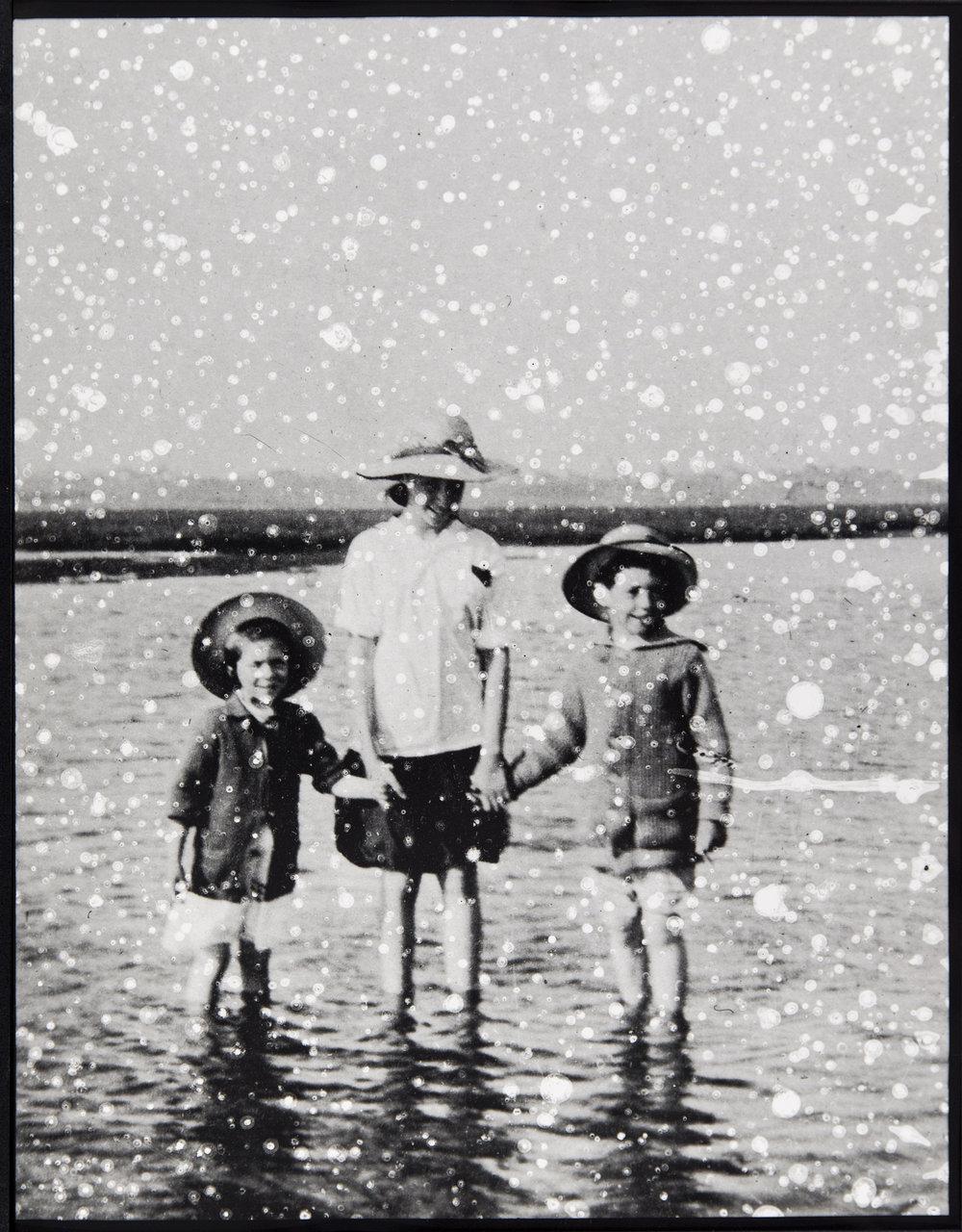 03-BeachHats.jpg