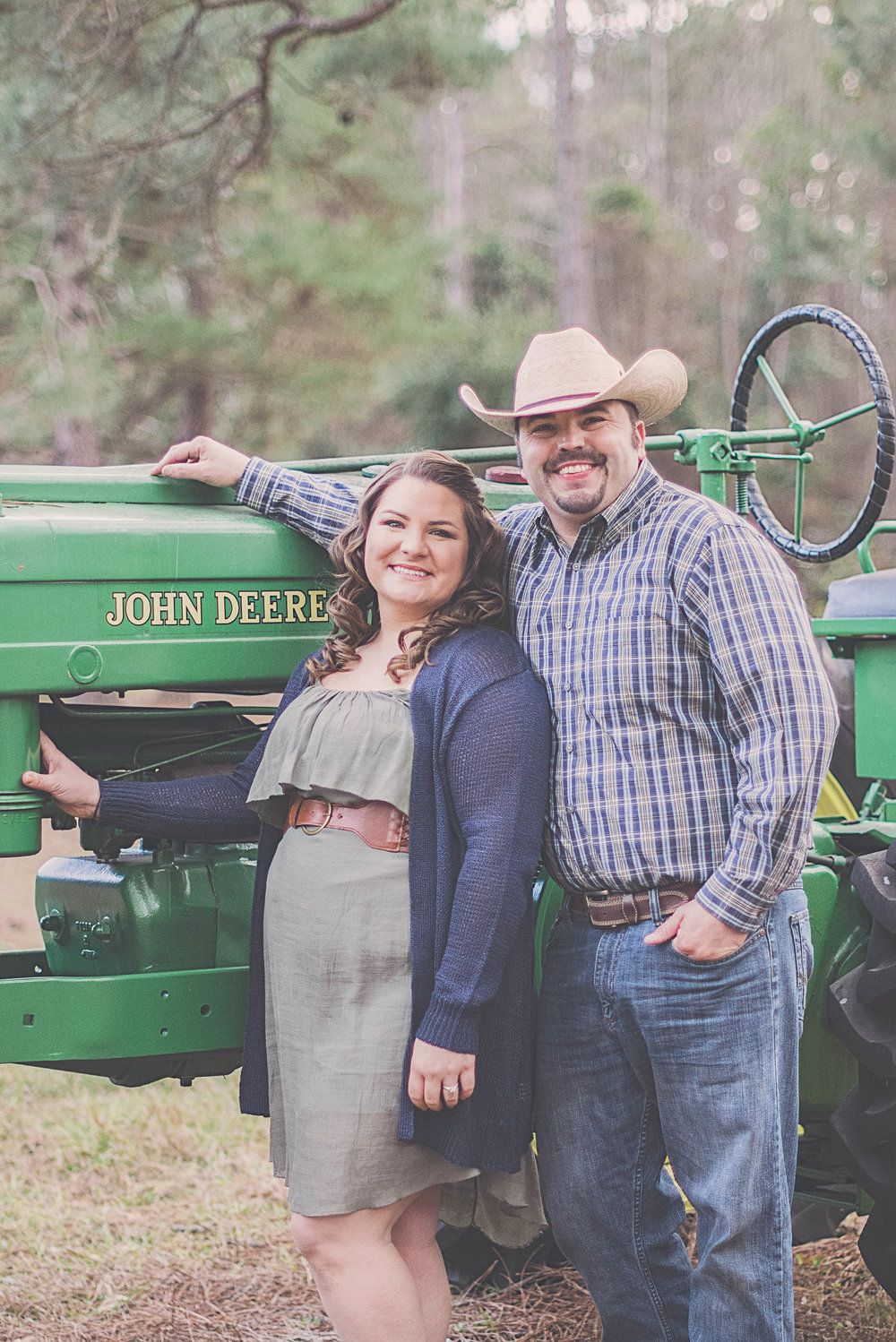 florida-engagement-session-photos-john-deere-tractor