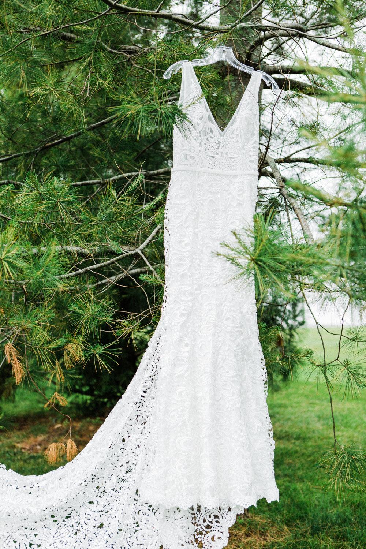 charlestown-rhode-island-wedding-photographer-wedding-dress