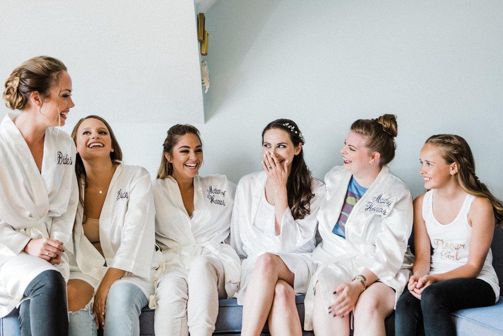 charlestown-rhode-island-wedding-photographer-getting-ready
