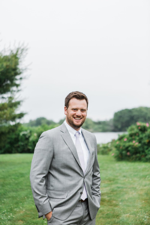 charlestown-rhode-island-wedding-photographer-grooms-portraits