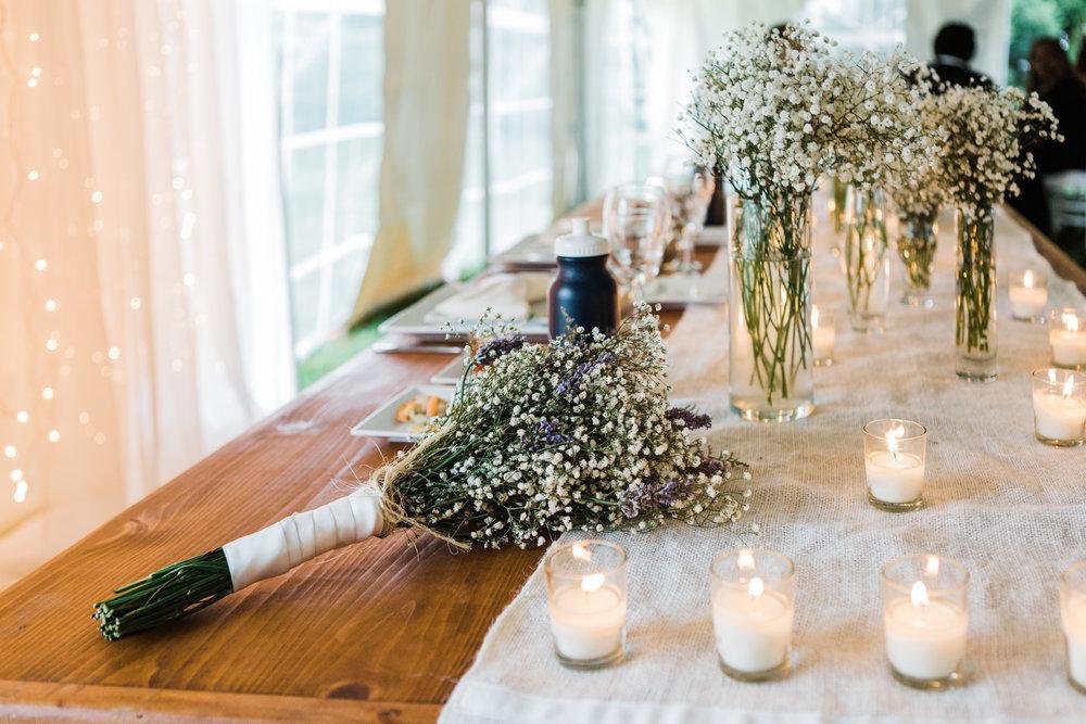 charlestown-rhode-island-wedding-photographer-sweetheart-table