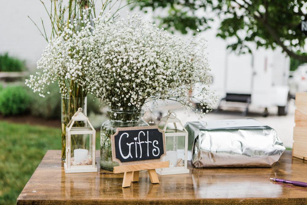 charlestown-rhode-island-wedding-photographer-gift-table