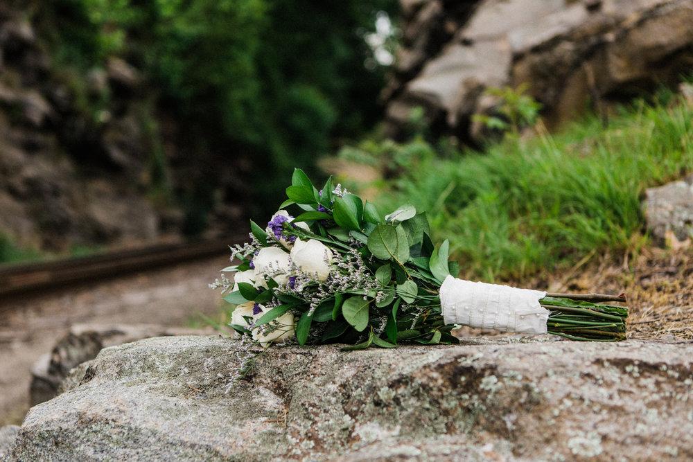 the-lace-factory-deep-river-connecticut-wedding-bouquet