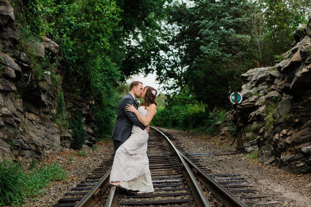 the-lace-factory-deep-river-connecticut-wedding-railroad-couples-portraits