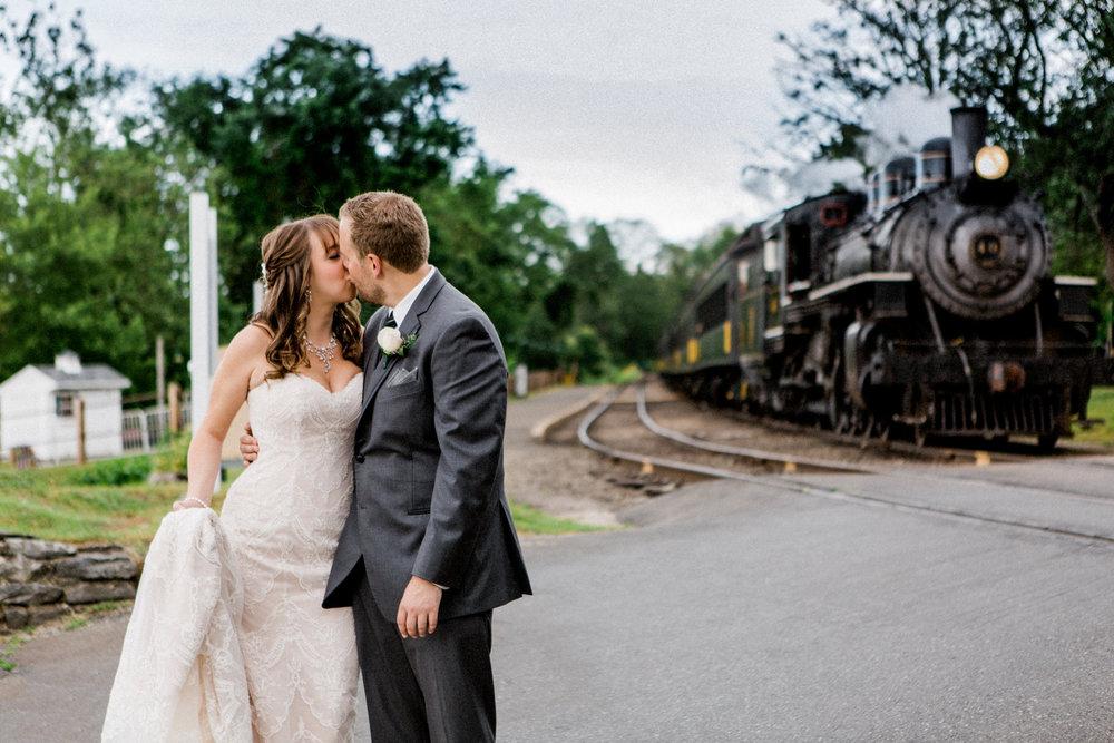 the-lace-factory-deep-river-connecticut-wedding-railroad-train-couple-portrait