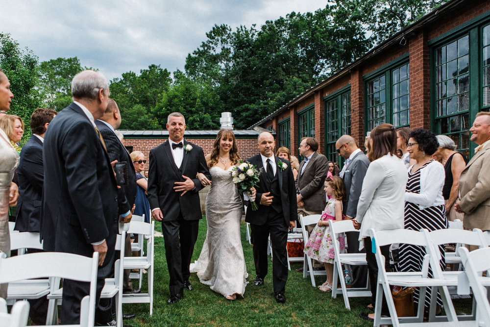 the-lace-factory-deep-river-connecticut-wedding-ceremony