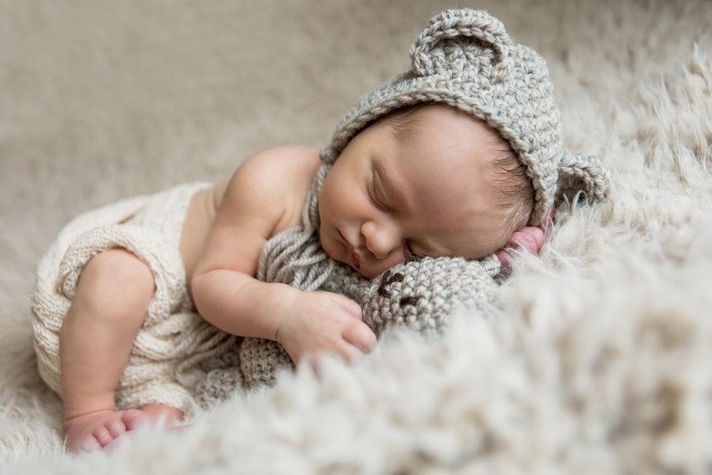 groton-mystic-stonington-ct-newborn-photographer