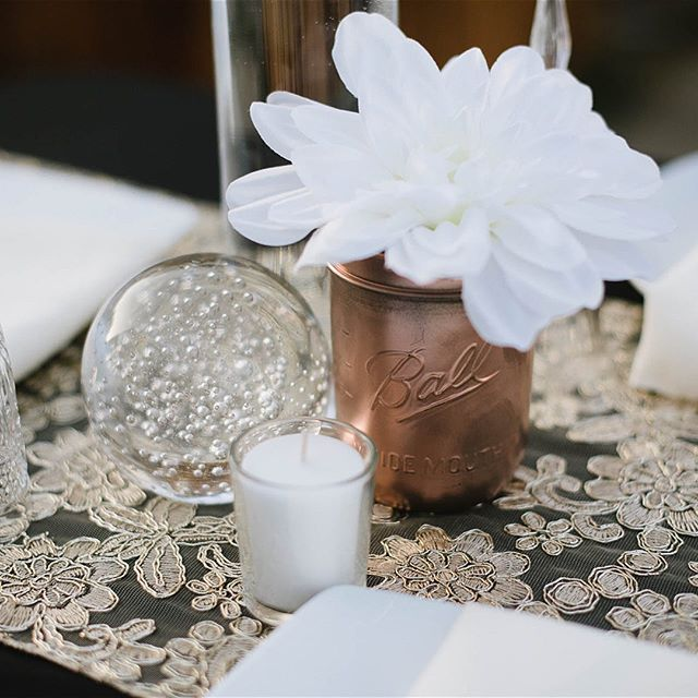 Rose Gold and Crystal Rental set coming soon!!! 📷: @lovelylight_imagery #weddingdecoration  #rosegolddecor #weddingrentals #crystal #socalweddings #meridianevents #meridianthemedparty #weddingdecor #rusticdecor #weddings