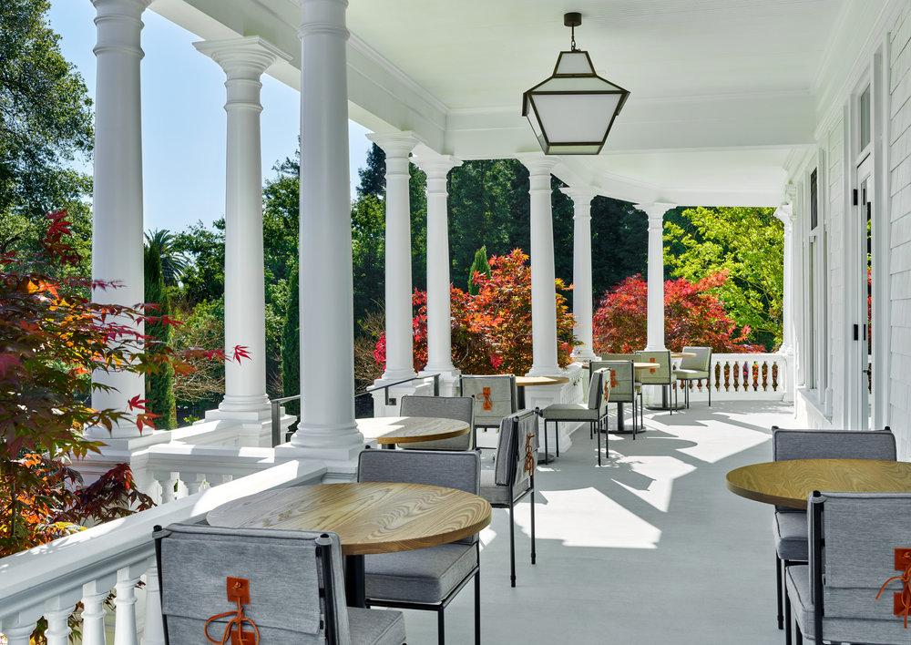 Entrance and veranda at Acacia House