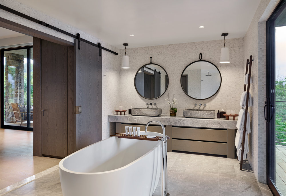 Spring Mountain Suite bathroom