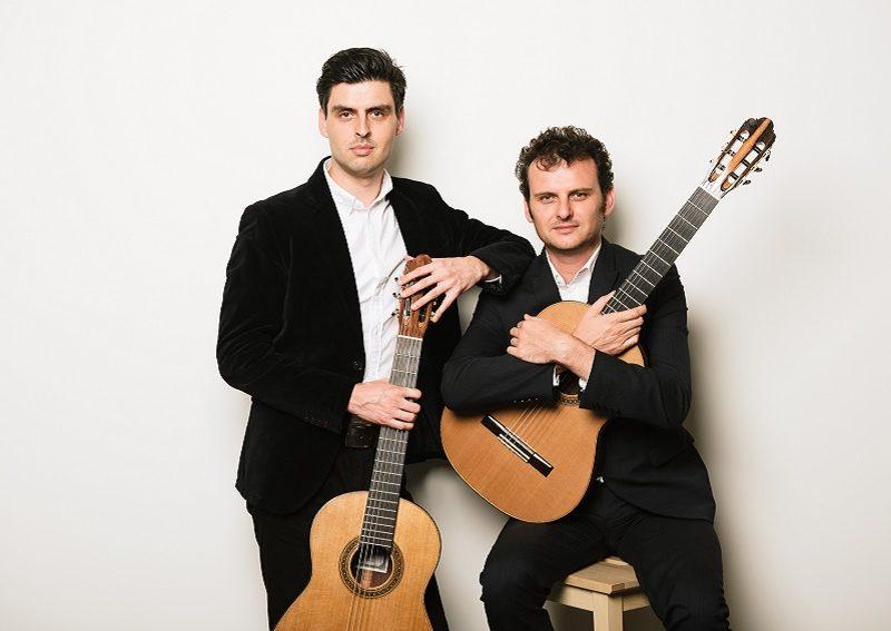 Grigoryan-Brothers-umbrella-music-adelaide-review-800x567.jpg