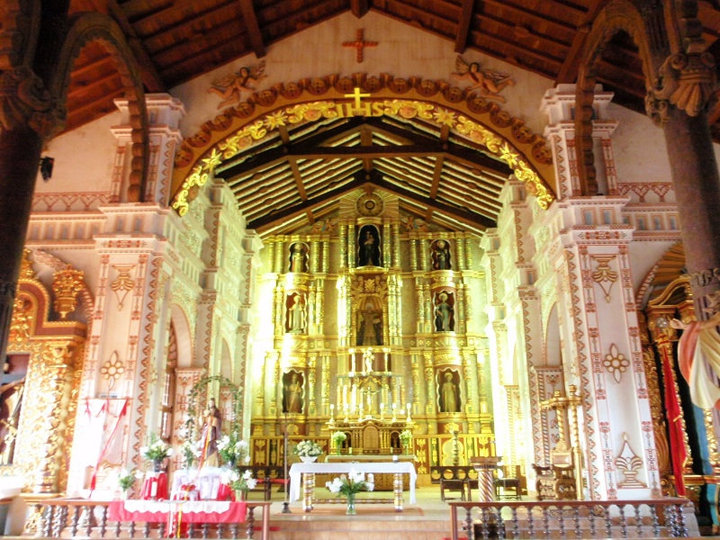 One of the many intricately gilded altars inside amazing churches in the middle of nowhere, far-eastern Bolivia, July 2010 - cjG,