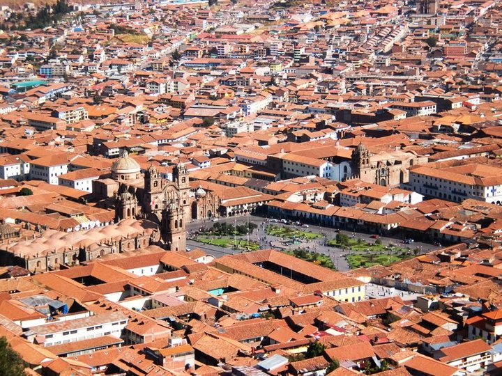 View out over Cuzco, circa July-August 2010 - cjG.