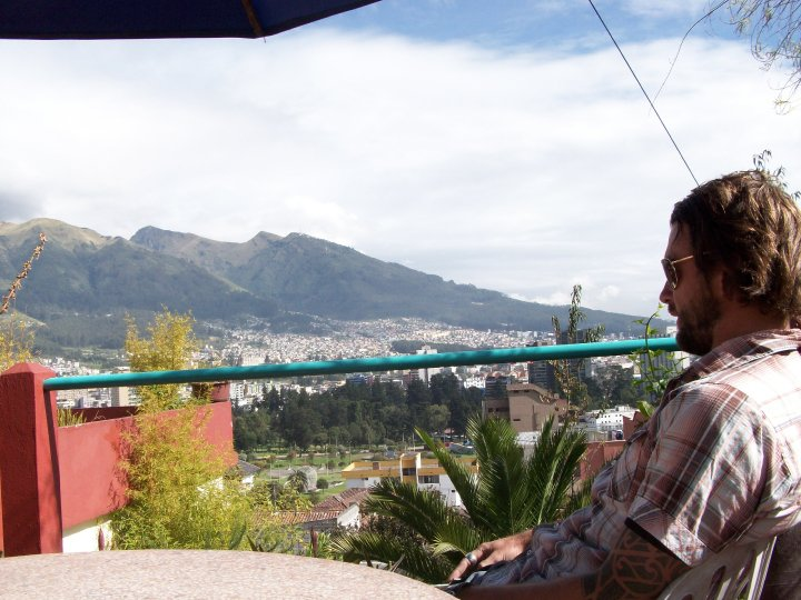 Oh hola Quito! Rooftop chilling with a view - cjG