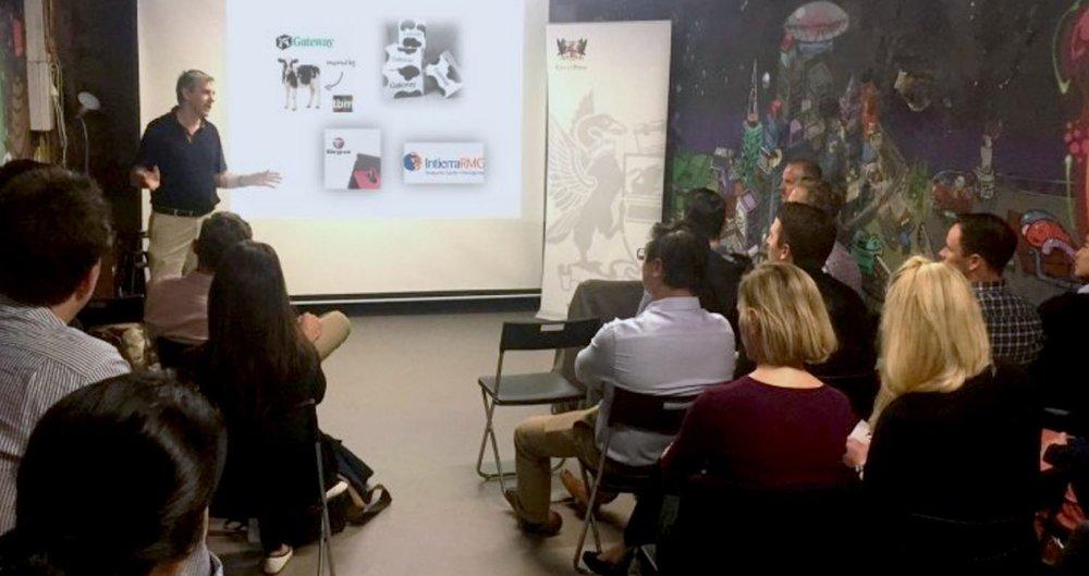 Peter Rossdeutscher speaks to UWA Masters Students at Studio Startup