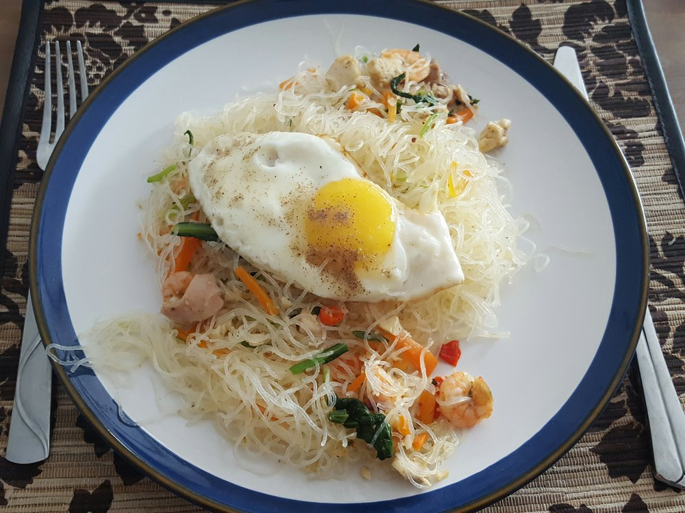 Bihun with Chicken and Shrimp
