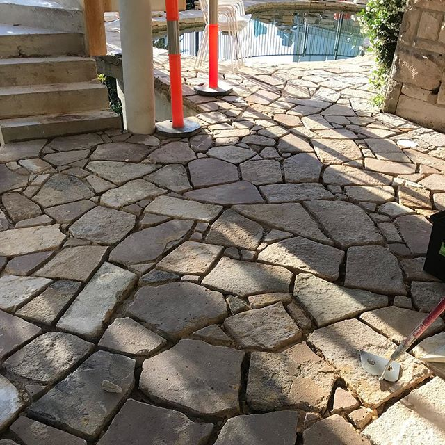 #sandstone #stonecraftgardens #sydney #landscaping #crazypaving #stonework  Pool coping plus 80 sqm  cut in and laid. Ready for grout!