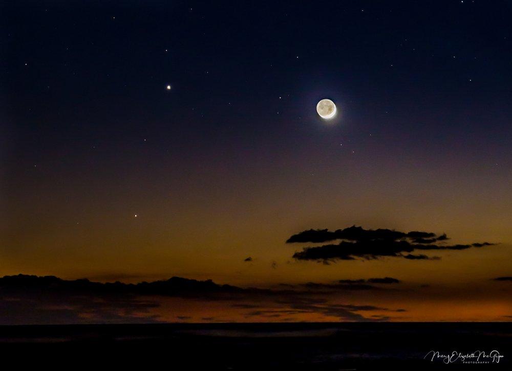 Mauna Lani Crescent Moon 9-21.jpg