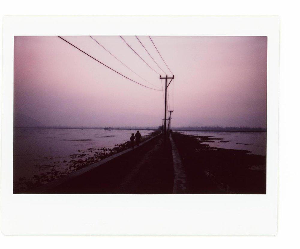 Karan Kumar Sachdev - In the shadow of the Chinar06.jpg