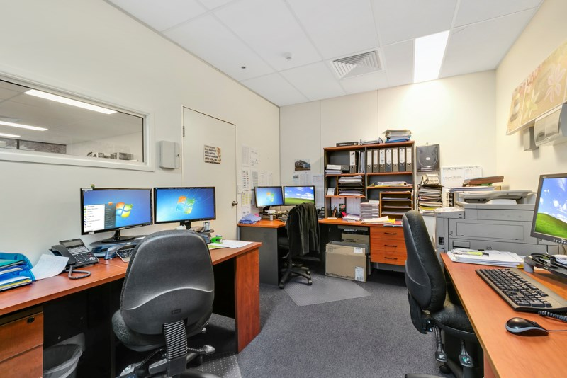 S1057-hires.25572-010Open2viewID425001-301069LawsonStreet.jpg