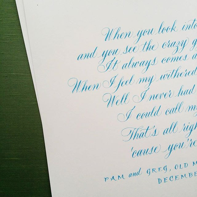 A special anniversary gift I recently addressed from a sweet husband to his wife. #handwritten #calligraphy #wedding
