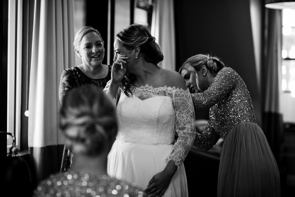 Brisbane Wedding Photographer | Hillstone St Lucia-14.jpg