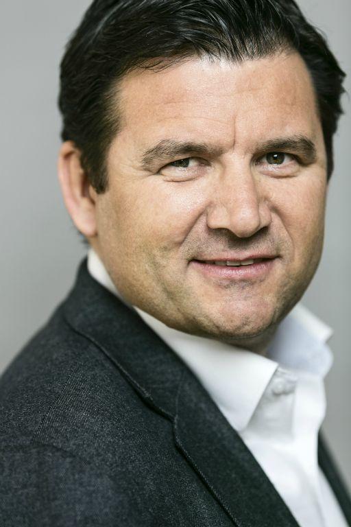 Hans Blaser  download pictures