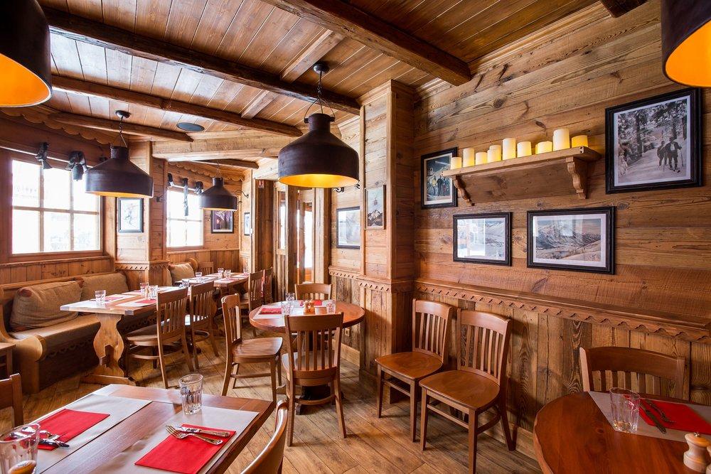 Restaurant_haut_HD[1].jpg