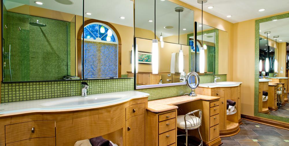 Custom Bath 3.JPG