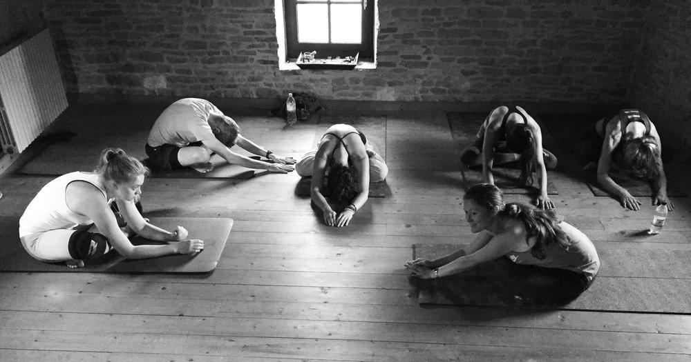 lasalle-yoga2-banner.jpg