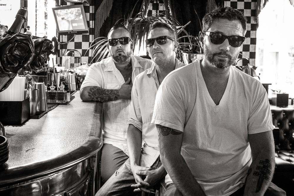 Fun-Lovin-Criminals-Band-Shot-2.jpg