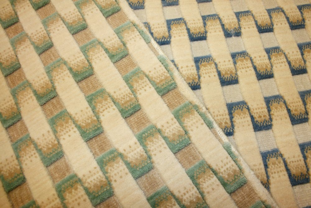 Basket-weave patterned high-low wool carpet