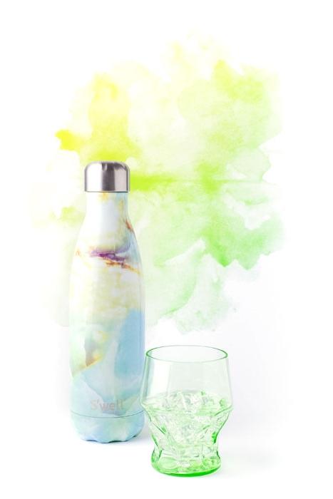 Bouteille Swell Êtes-vous de ceux qui, comme moi, êtes tombé sous le charme des bouteilles de la marque S'well? →