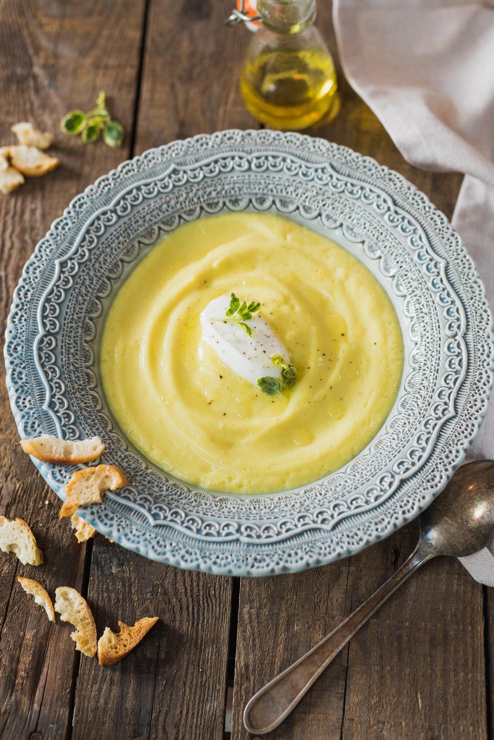 Photo tirée du livre de recettes  Ma table festive  Photographie : Catherine Côté Stylisme culinaire : Catherine Côté et Hubert Cormier