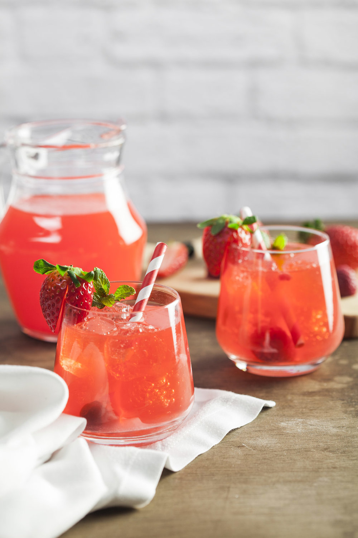 Sirop fait à base de queues de fraises